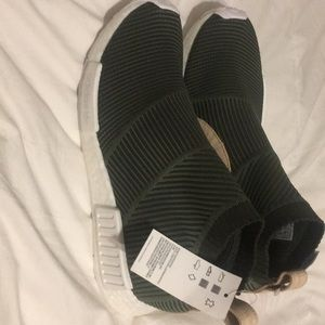 BRAND NEW ADIDAS NMD CITY SOCK GREEN SIZE 10